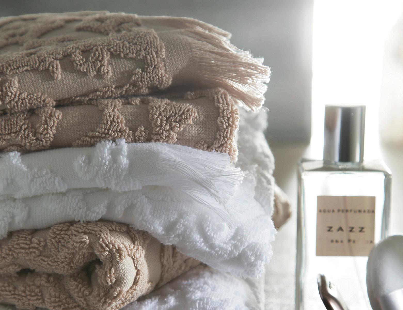 r cznik blanc des vosges princesse bia y blanc sklep podpierzyn com. Black Bedroom Furniture Sets. Home Design Ideas